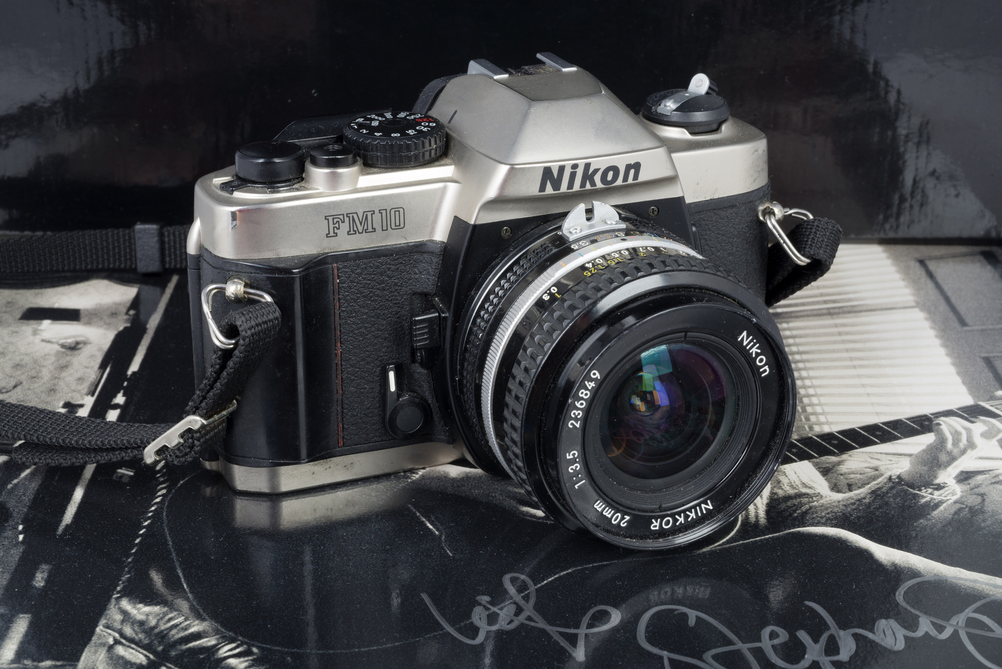Nikon FM10
