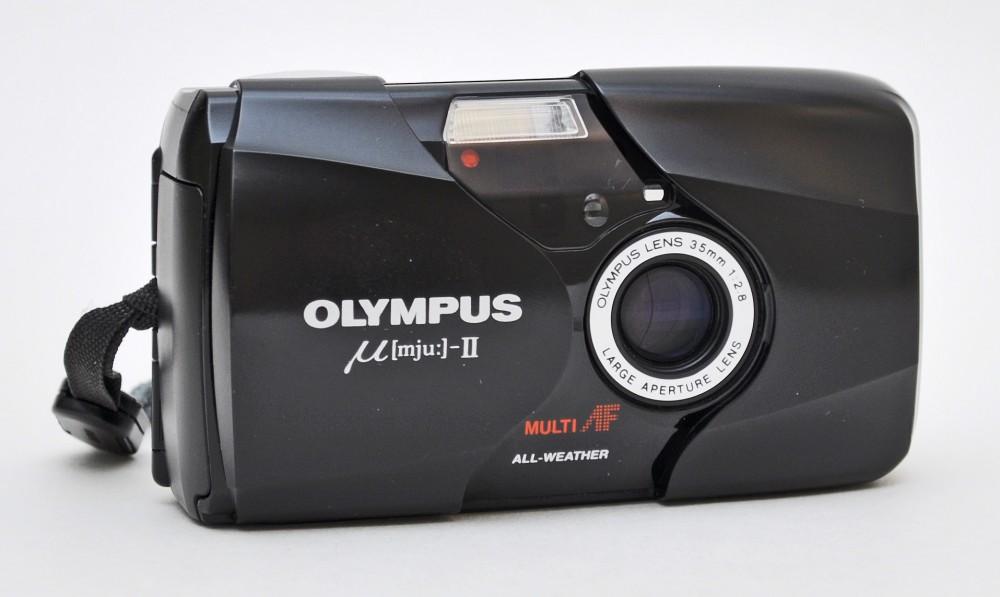 Olympus Mju-II (Pic: Ronald Hogenboom)