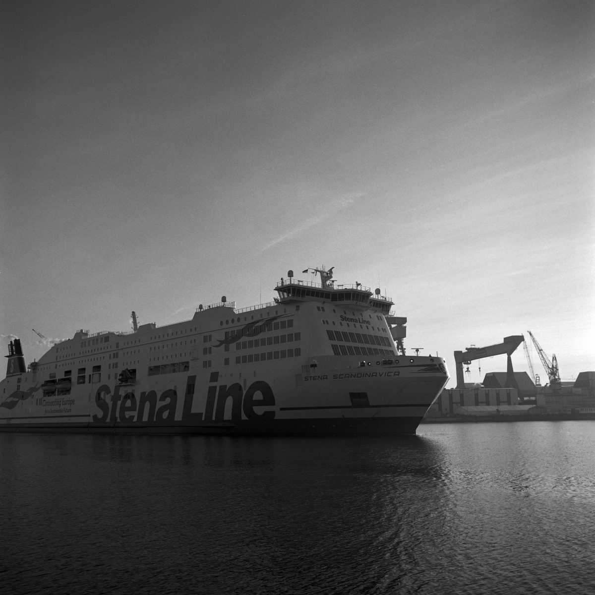Ferry moored in Kiel (Pic: Erik Schliksbier)