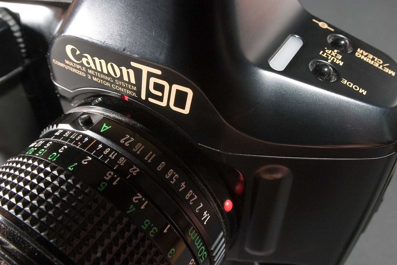 Canon's pioneering T90 SLR (Pic: Mark Probst/Wikimedia Commons)