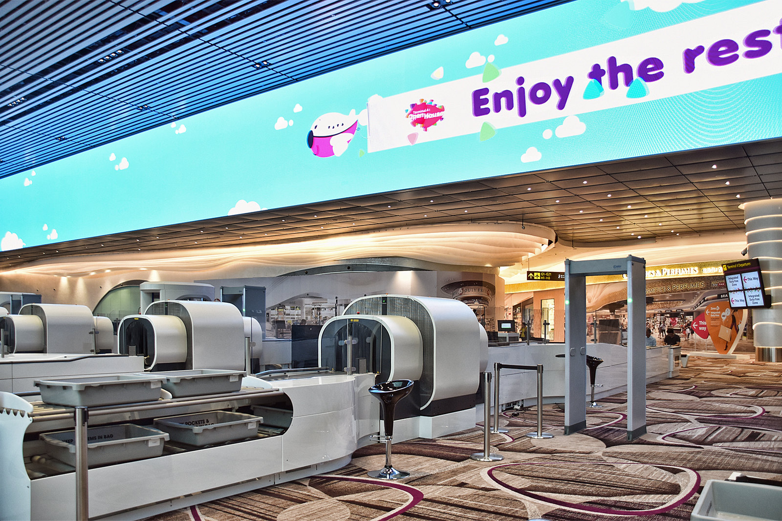 CT scanner at Changi Airport (Pic: Choo Yut Shing/Flickr)
