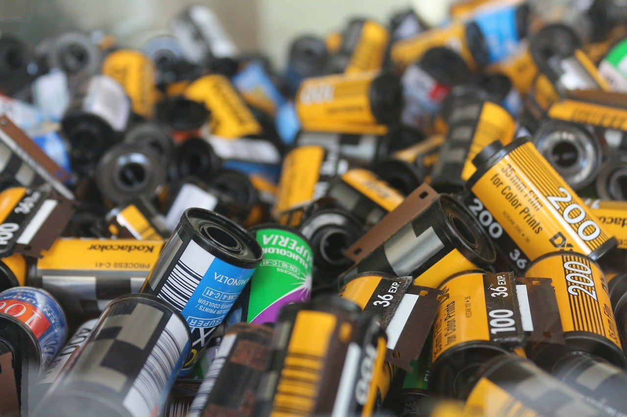 Rolls of 35mm film (Pic: PublicDomainPictures/Pixabay)