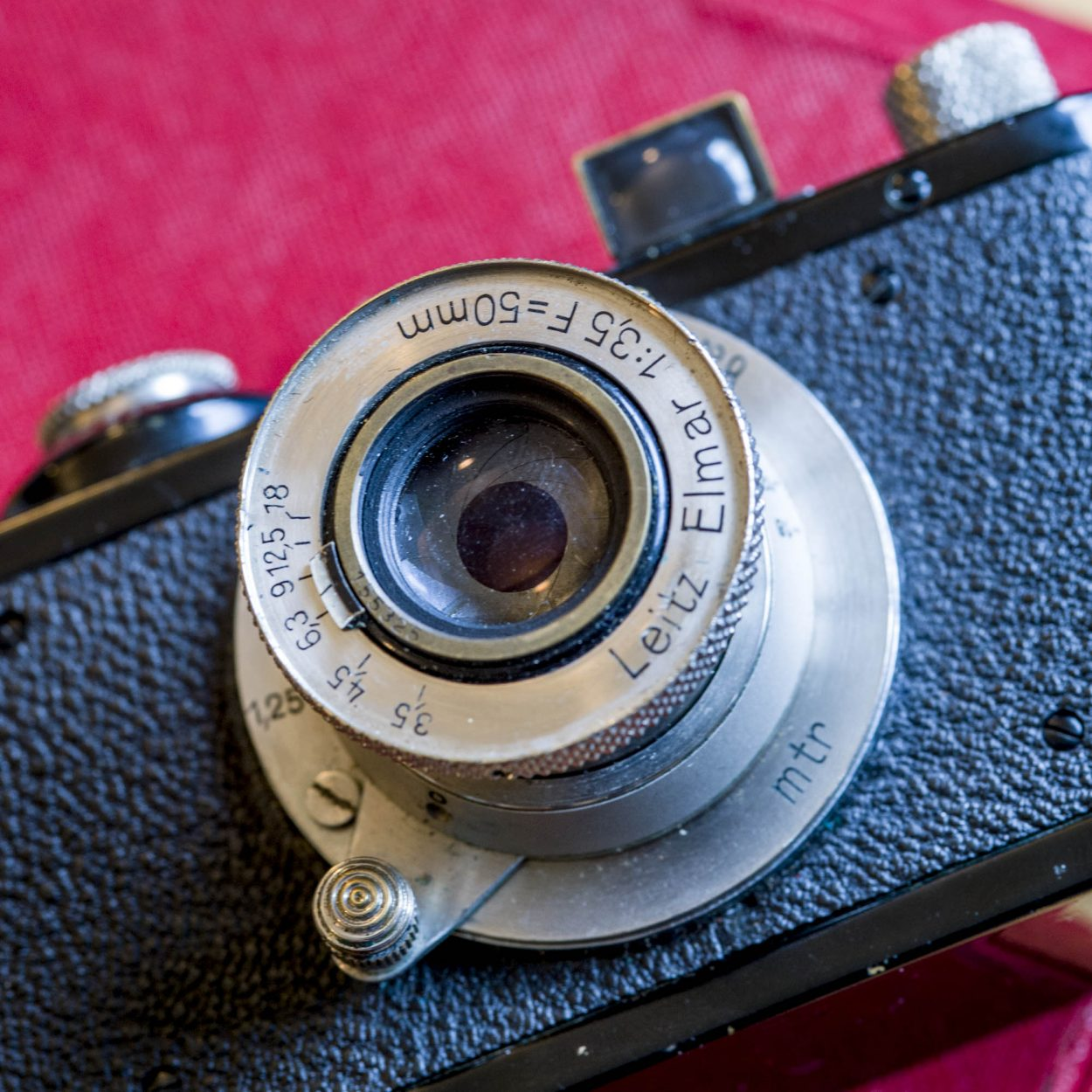 Elmar 50/2.5 lens (Pic: Darren Russell)