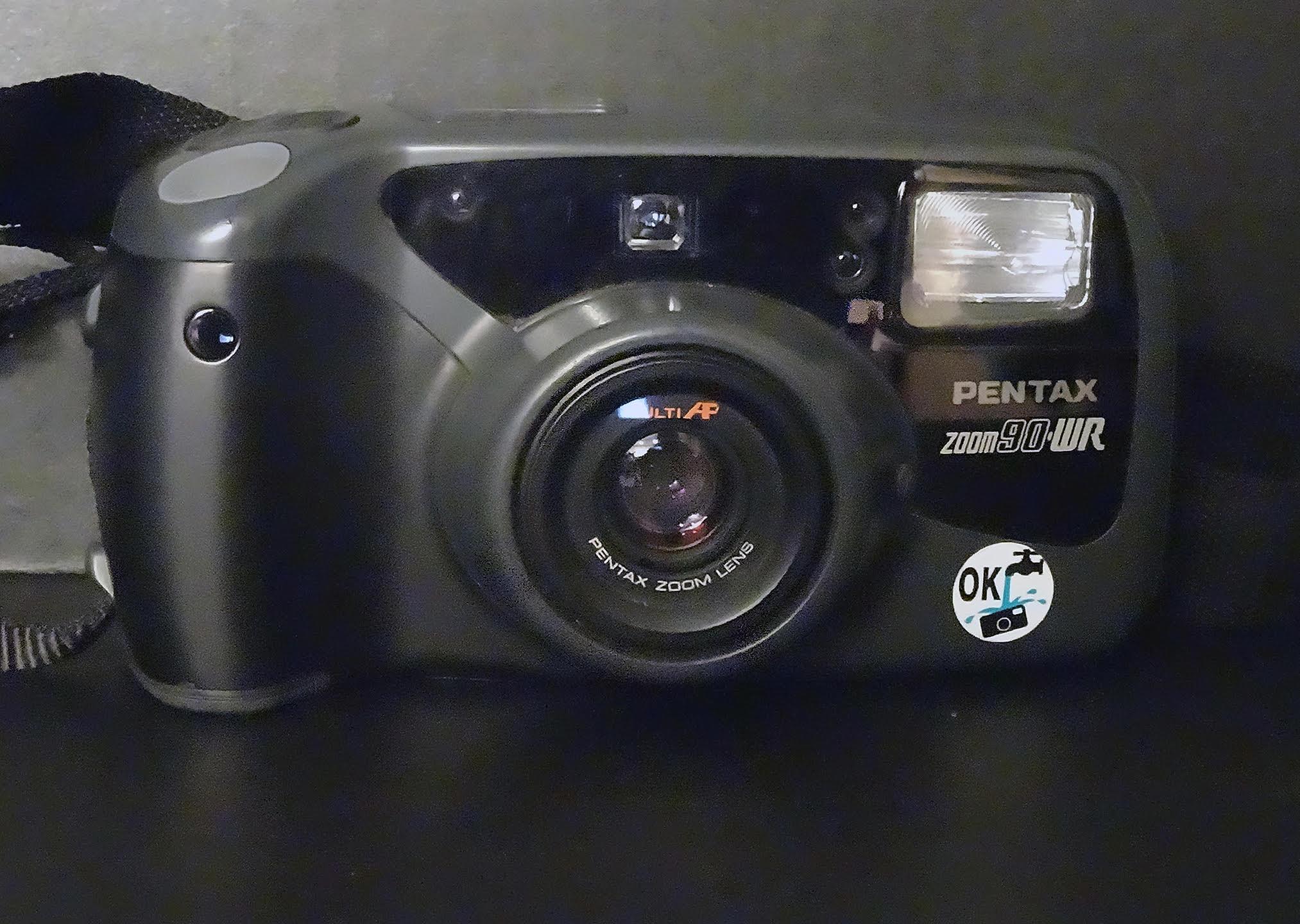 Pentax 90WR (Pic: Lorraine Healy)