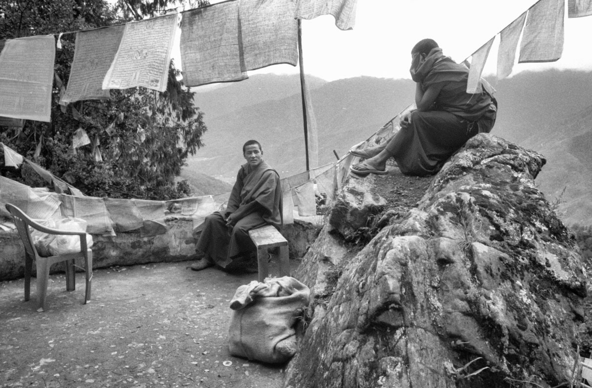 Young monks and prayer flags (Pic: Lester Ledesma)