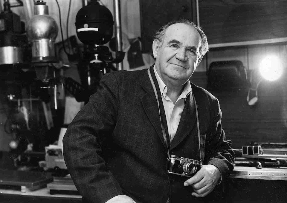 Khaldei with his Leica