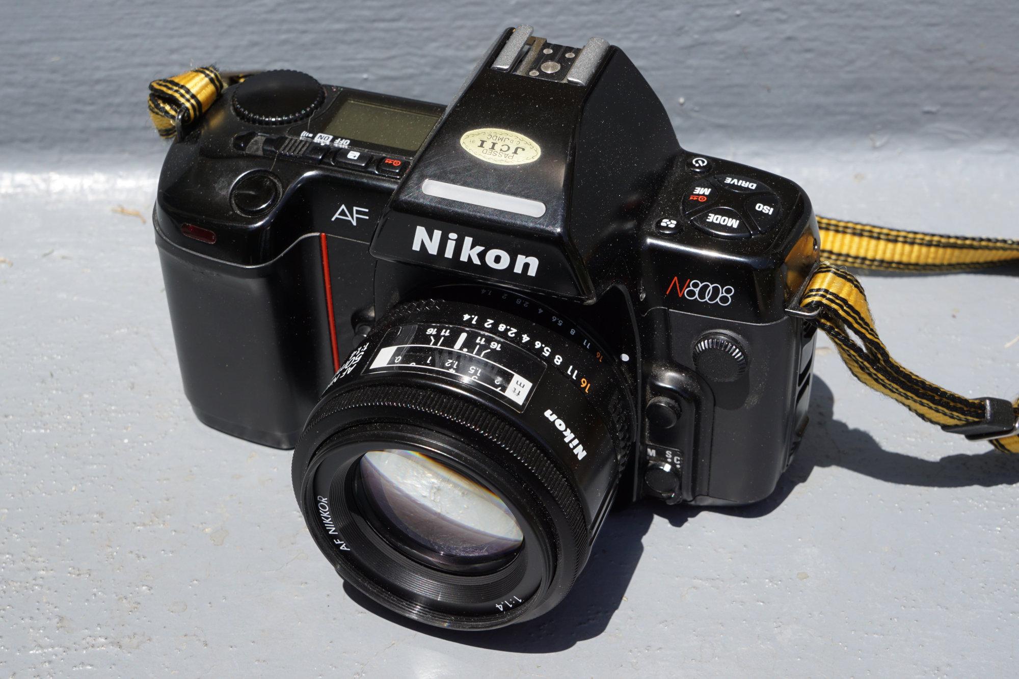 Nikon N8008 (Pic: Aaron Gold)