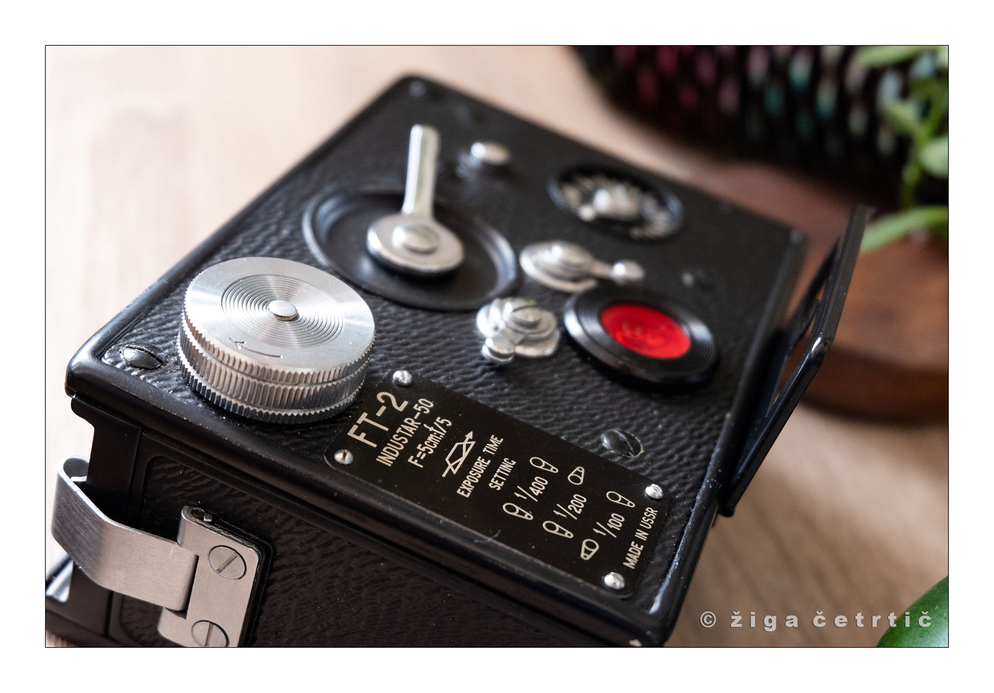 FT-2 controls (Pic: Ziga Certric)
