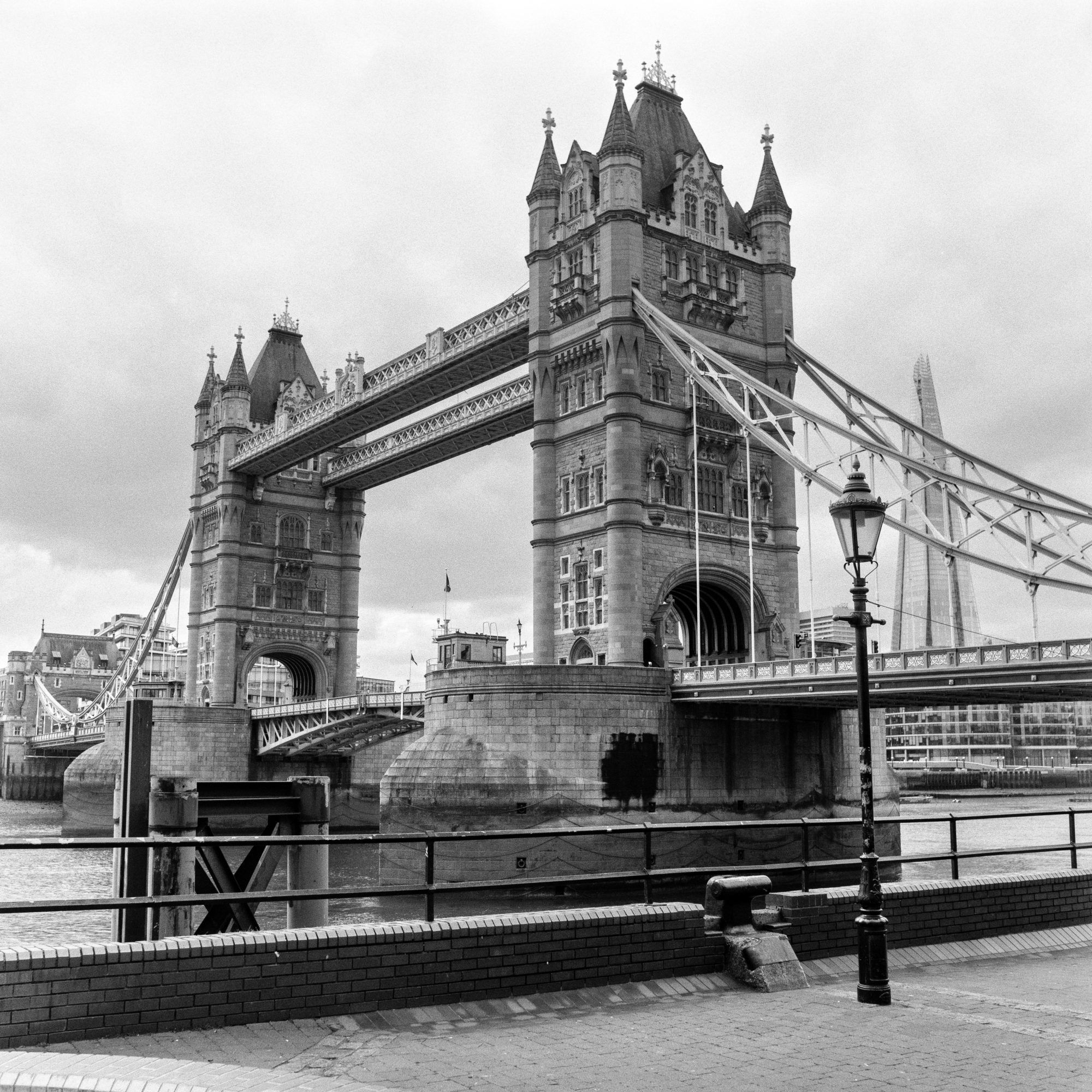 Tower Bridge (Pic: Giacomo Mantovani)