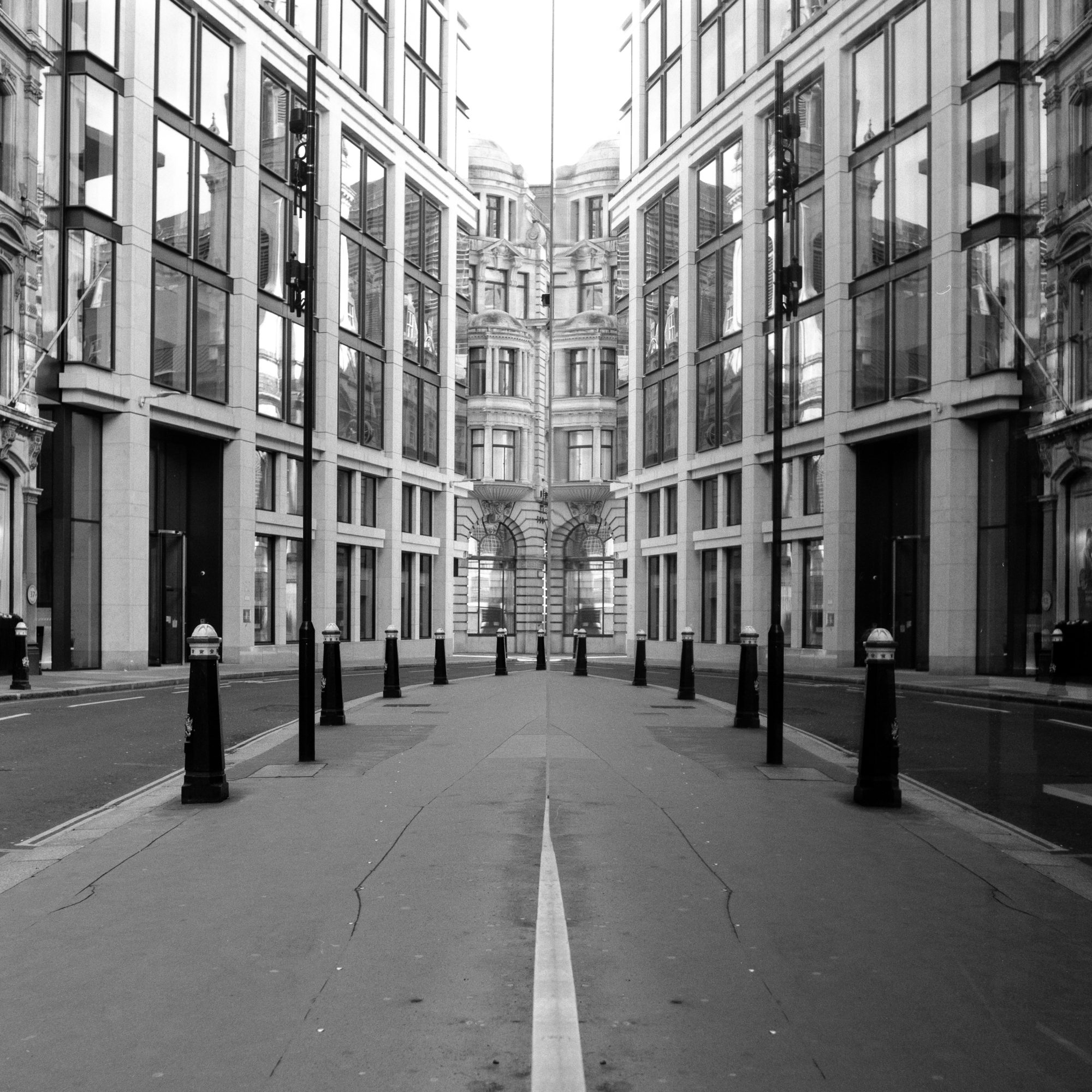 City street (Pic: Giacomo Mantovani)