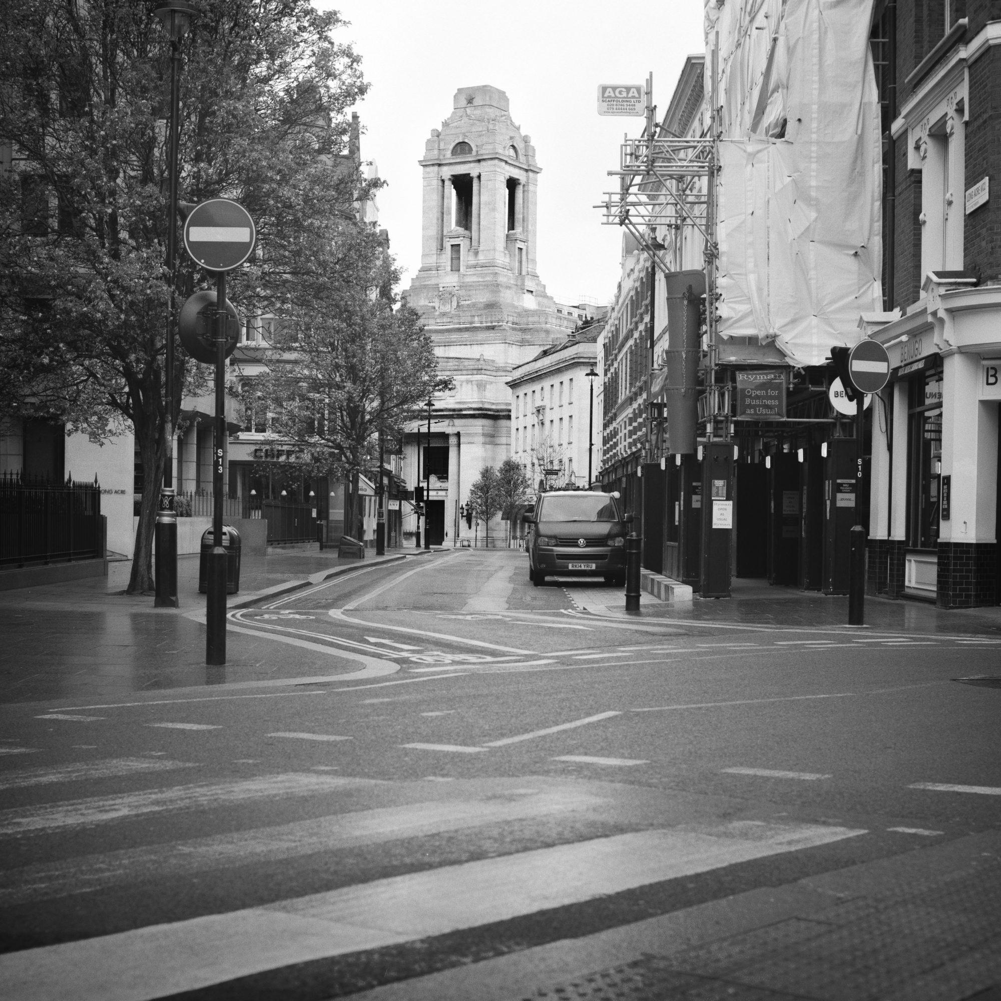 Empty street (Pic: Giacomo Mantovani)