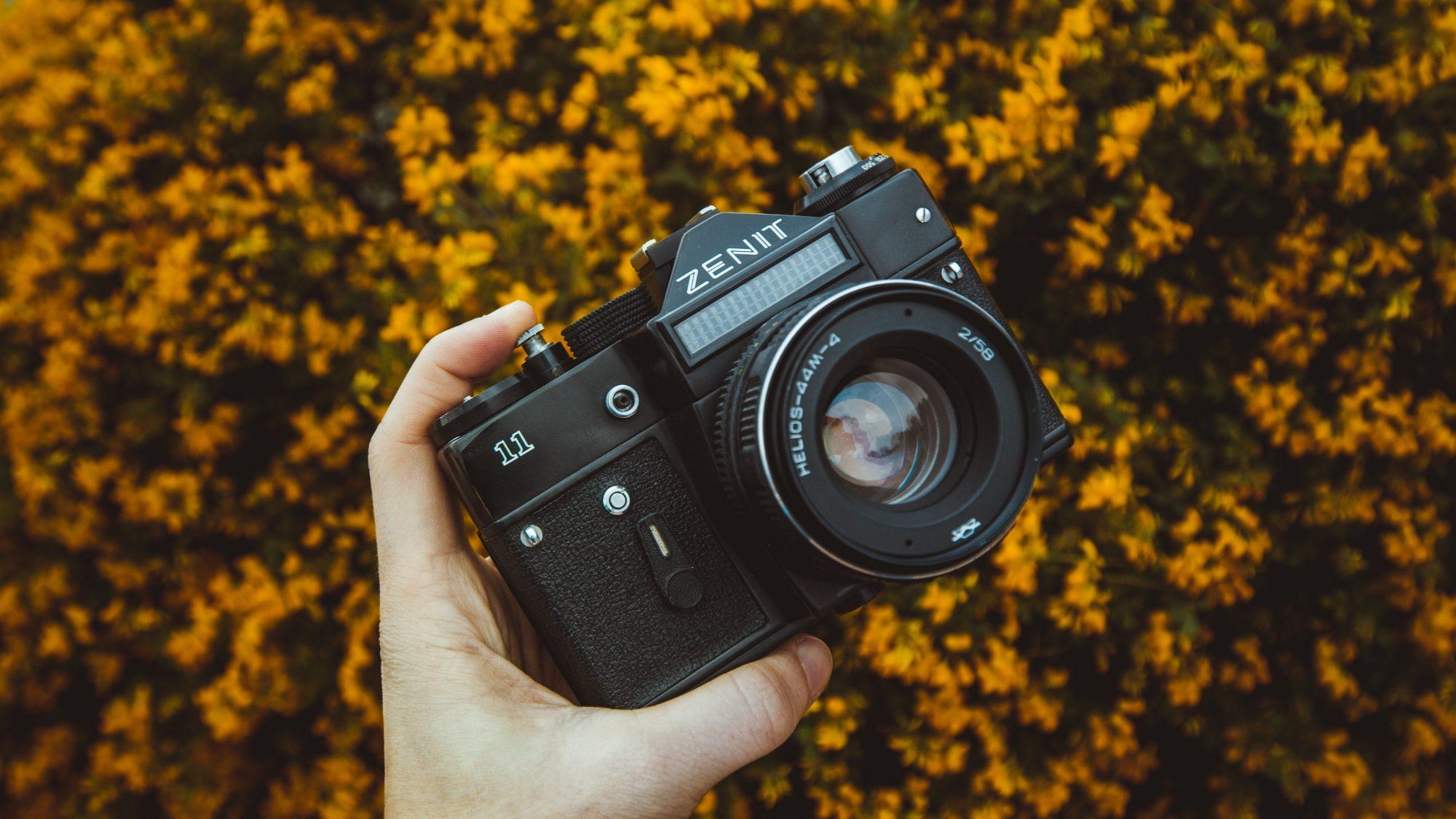 Soviet Zenit camera (Pic: Valentin Antonucci/Pexels)