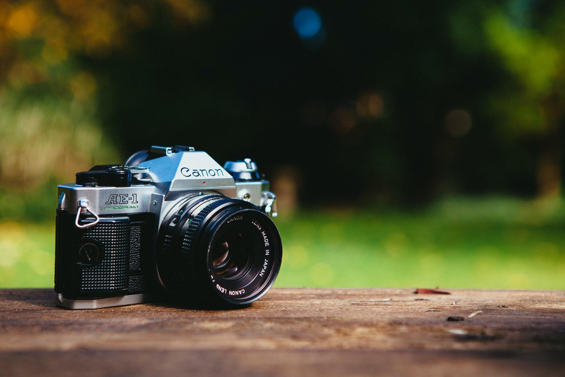 Canon AE-1 (Pic: Little Visuals/Pexels)