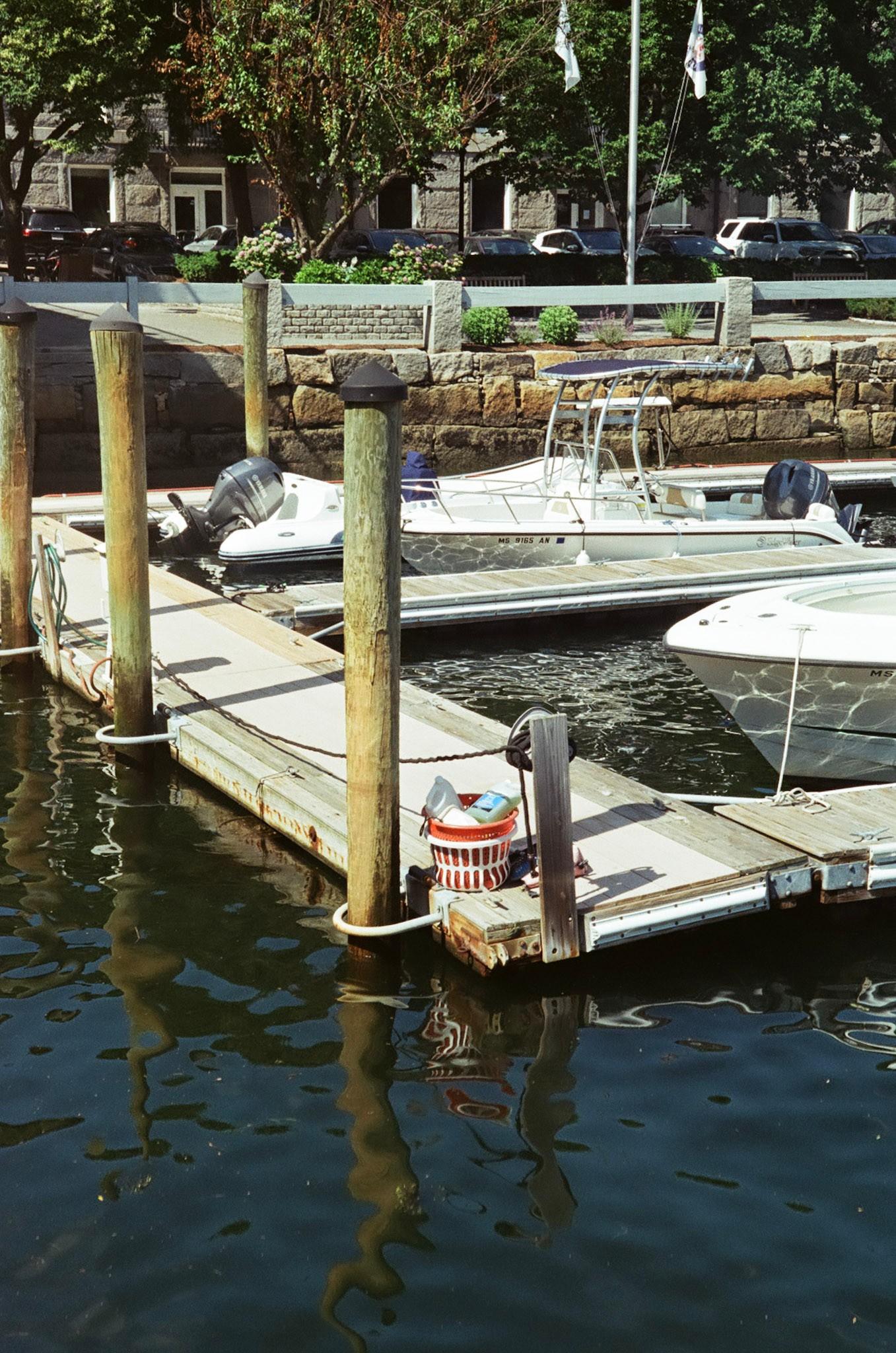 Boat marin (Pic: Caleb Snyder Dicesare)