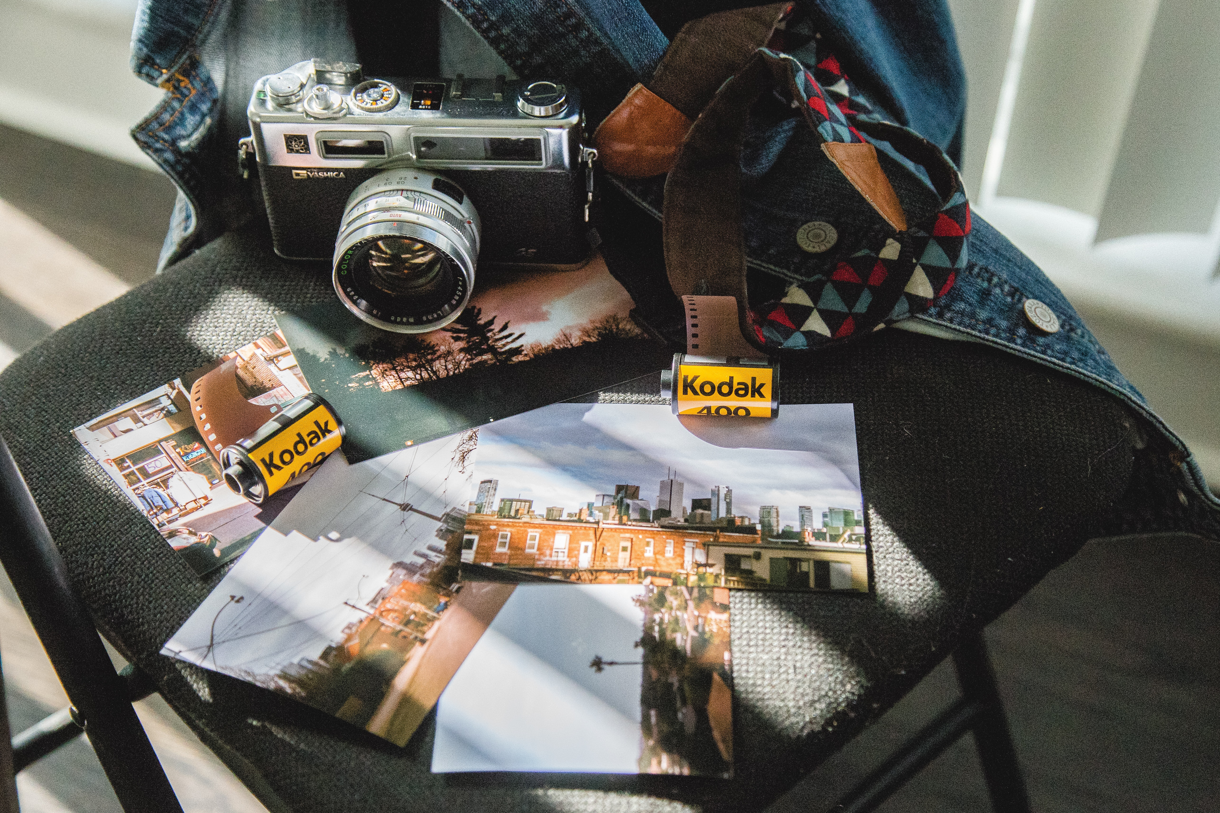 Yashica Electro 35 and prints (Pic: Wendy Wei/Pexels)