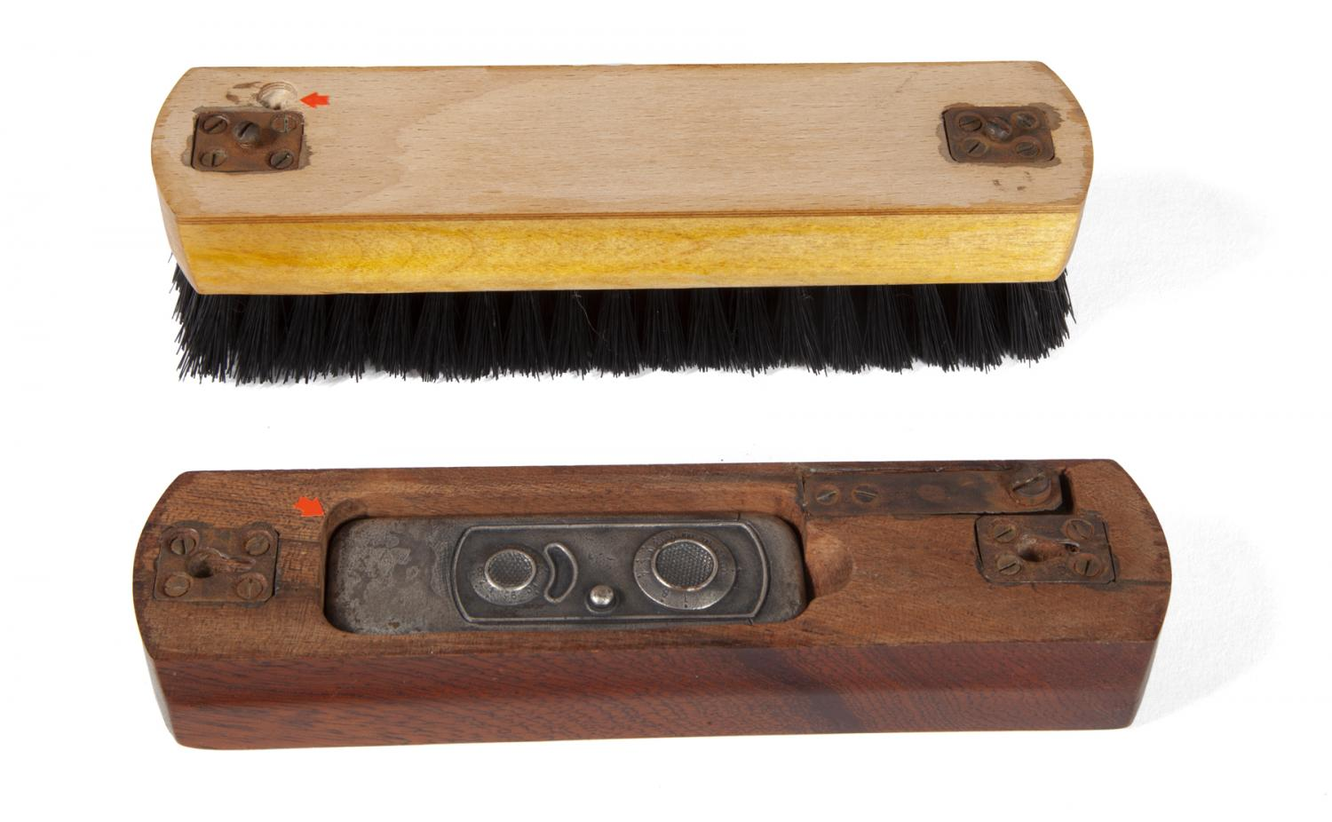 Shoebrush camera (Pic: Julien's Auctions)