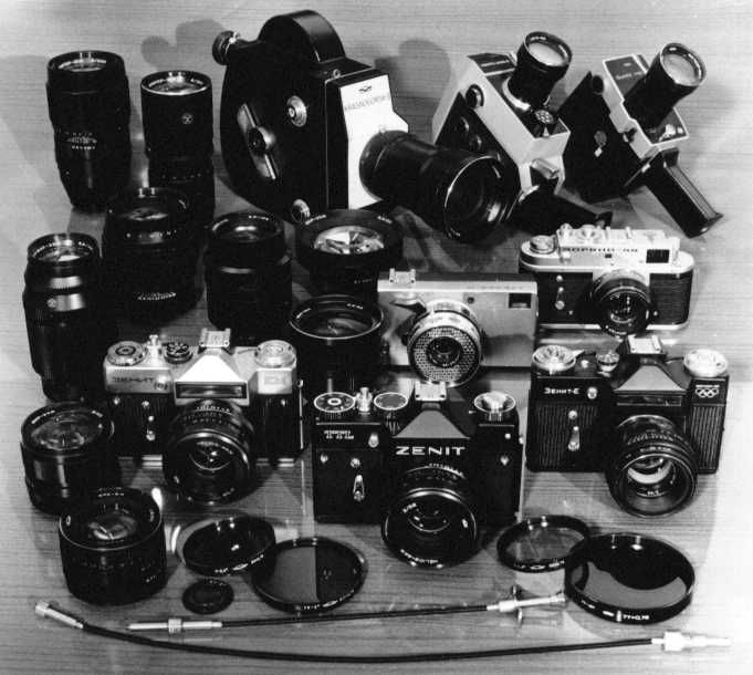 KMZ cameras from mid-1970s (Pic: KMZ)