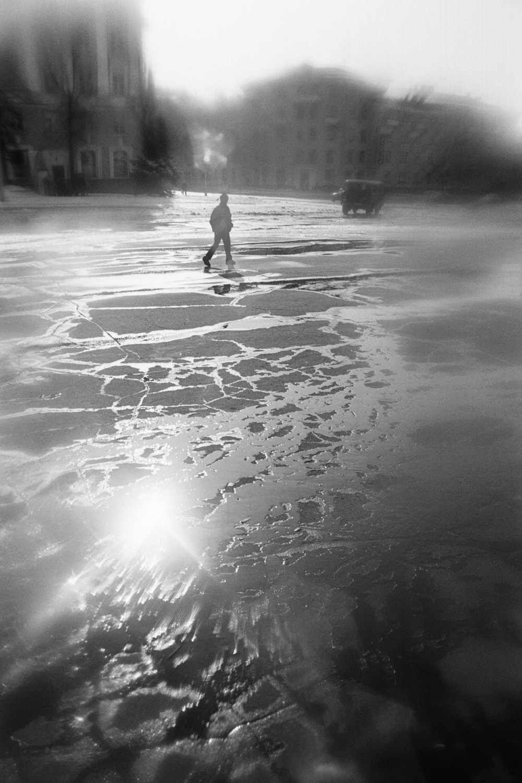 Square covered in ice (Pic: Roman Yarovitcin)