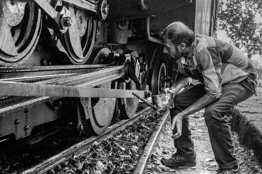 Oiling part of train (Pic: Nandakumar Narasimhan)