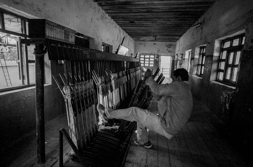 Man pulling lev ers (Pic: Nandakumar Narasimhan)