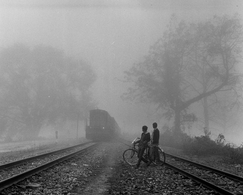 Cyclists and train fog (Pic: Nandakumar Narasimhan)