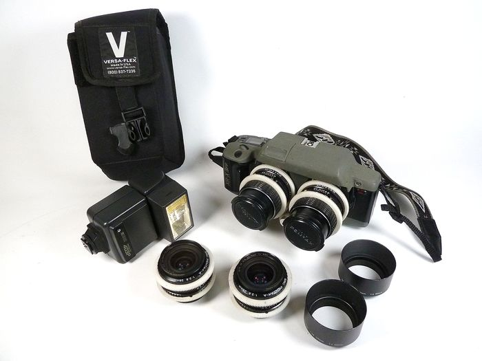 RBT X3 camera and accessories (Pic: Rare Vintage Photography/Catawiki)