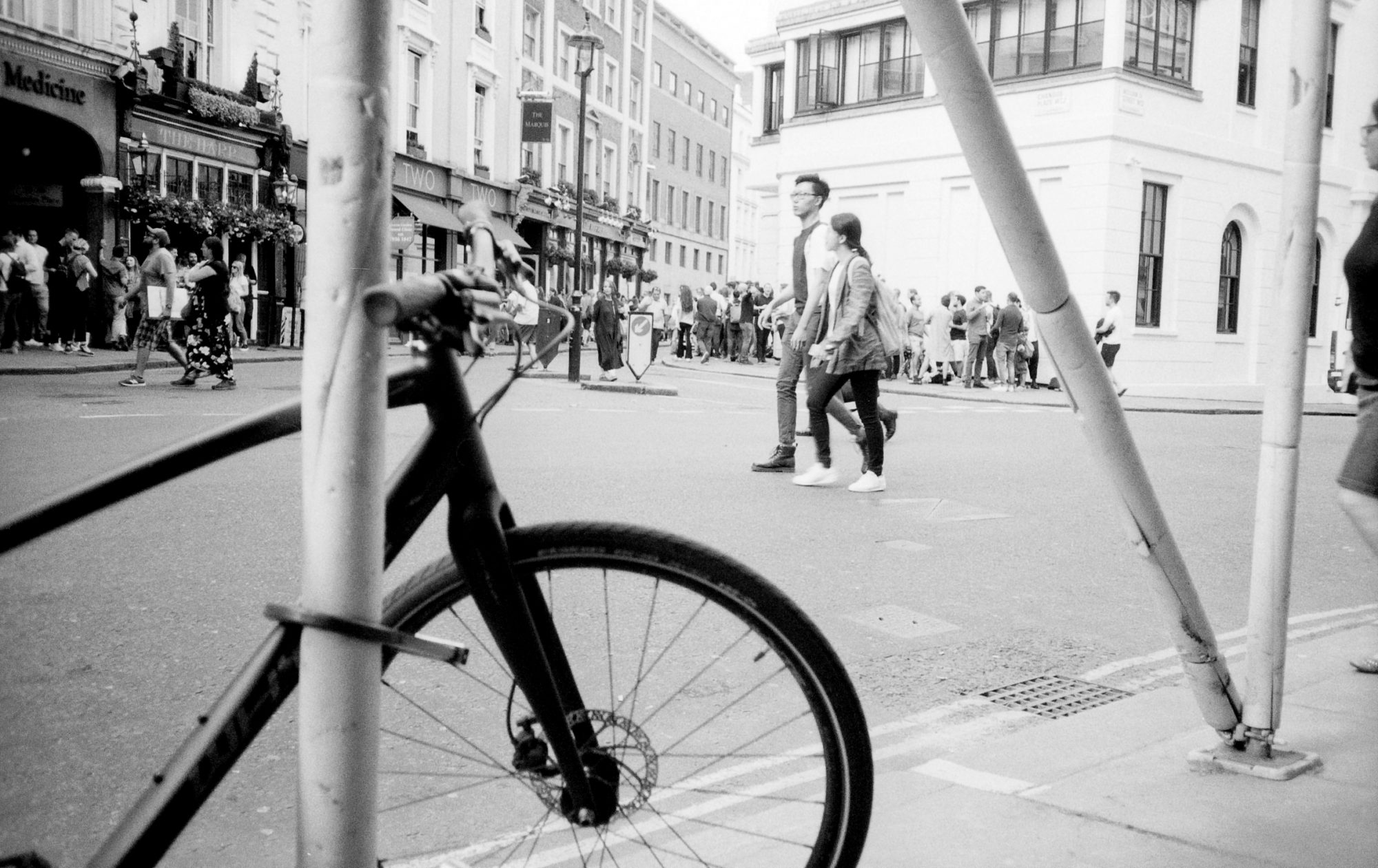 Bicycle and people on street (Pic: Stephen Dowling)