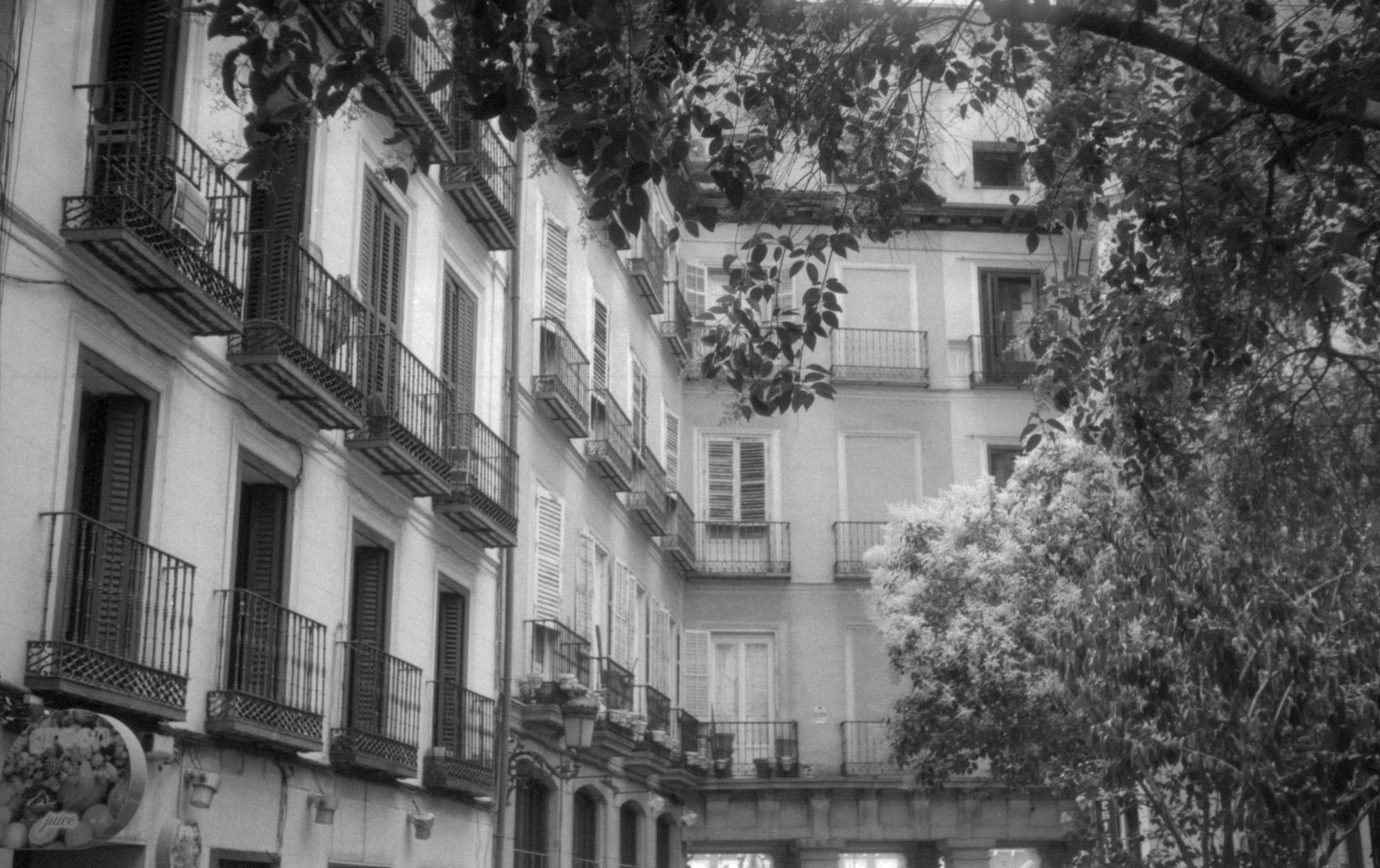 Apartment buildings (Pic: Ivan Bernal Palli)