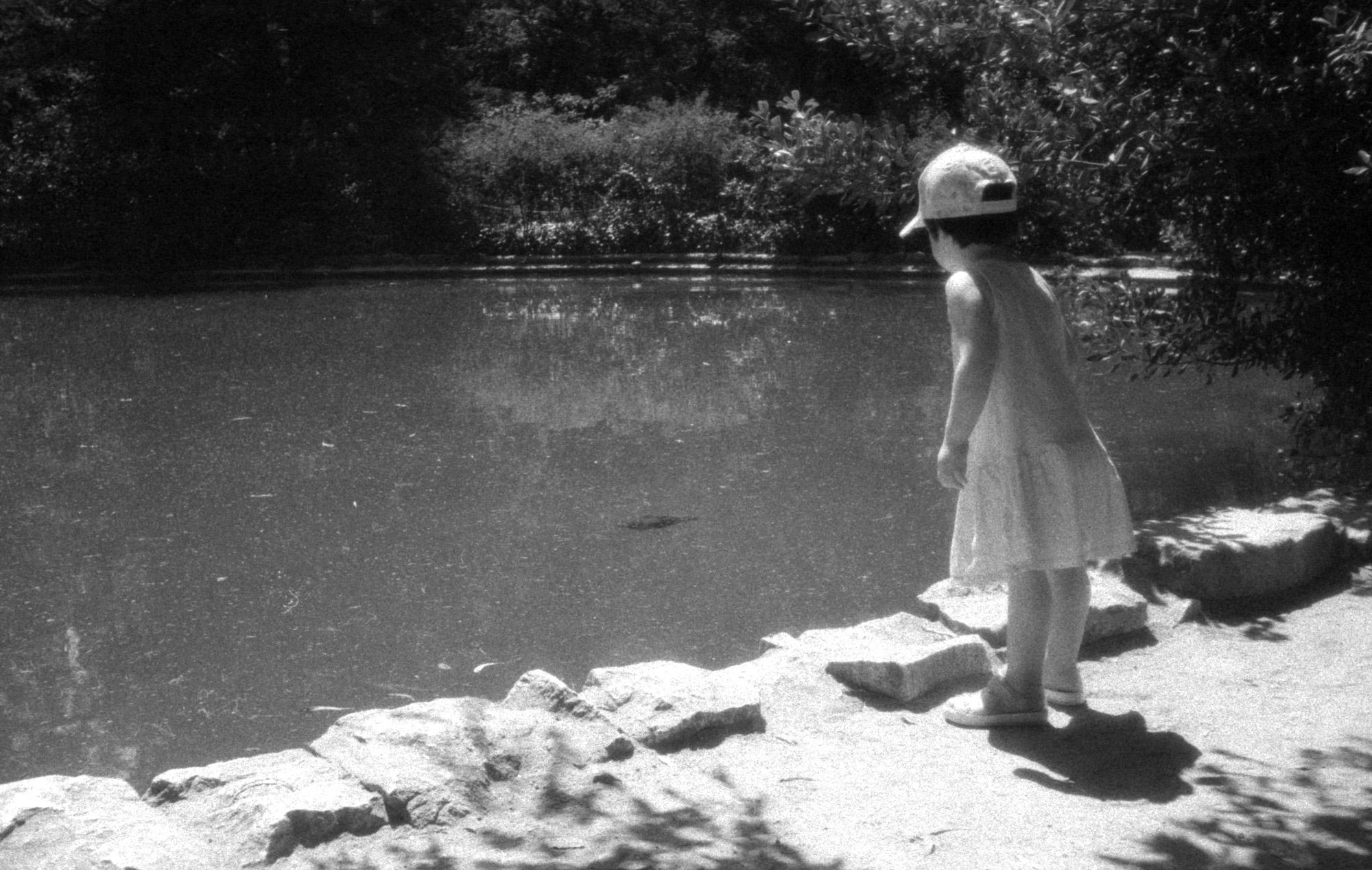 Girl standing by pond (Pic: Ivan Bernal Palli)