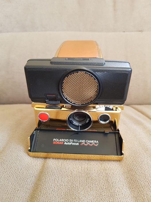 Gold-plated Polaroid SX 70 (Pic: Hannescolt/Catawiki)