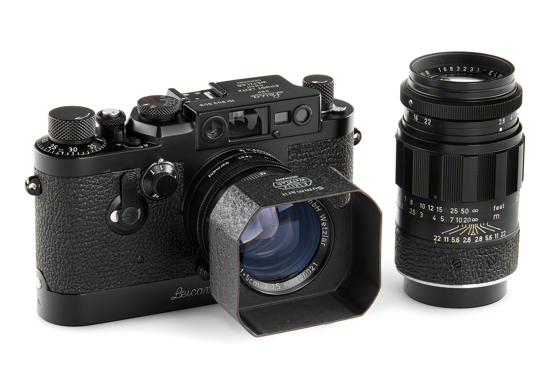 Black-painted LEica 11g and lenses (Pic: Leitz Photographica)