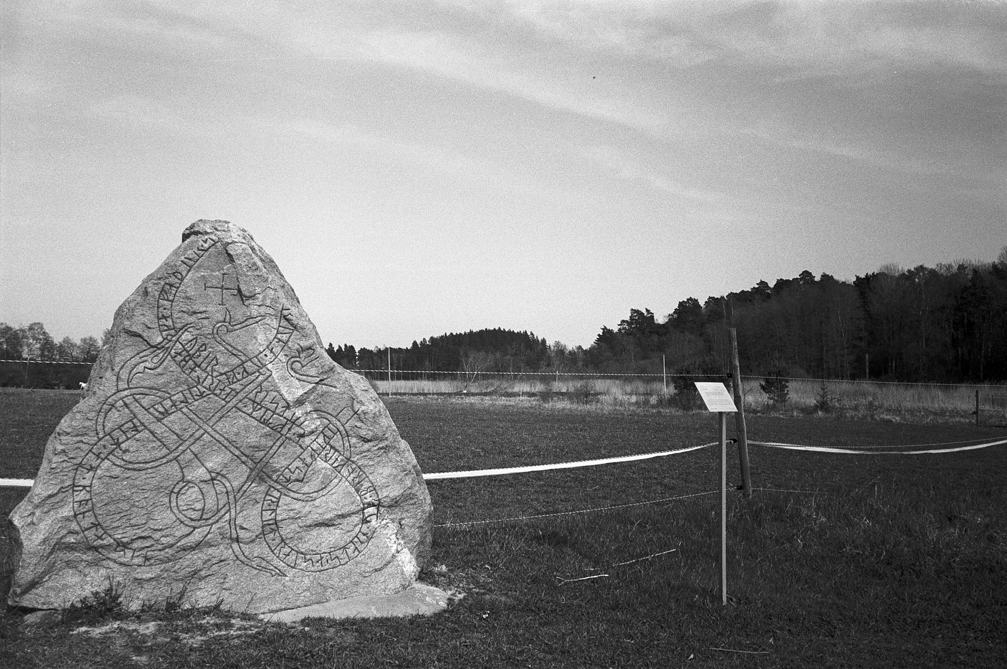 Stone plinth at burial mound (Pic: Skoge Farman)