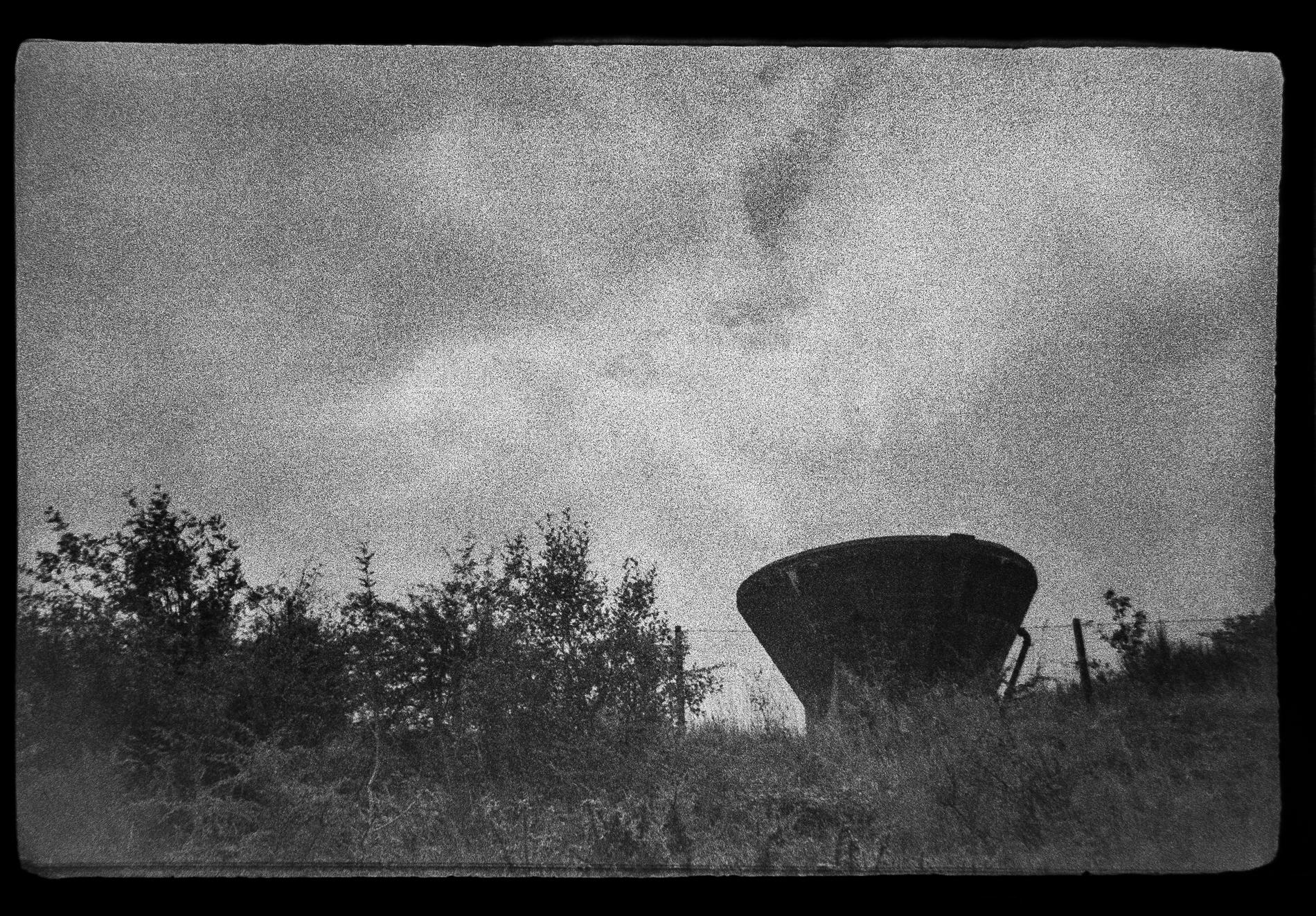 Grainy image of siding (Pic: Toby Van de Velde)