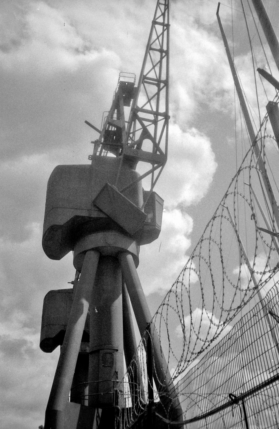 Crane and barbed wire (Pic: Stephen Dowling)